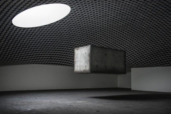アムステルダムのデザインユニット Studio Drift 北欧で初の個展「Studio Drift: Elemental」を開催