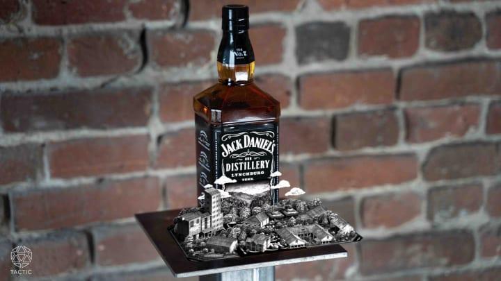 「ジャックダニエル」のスマホアプリが登場 ボトルにかざすとARでブランドの歴史を紹介