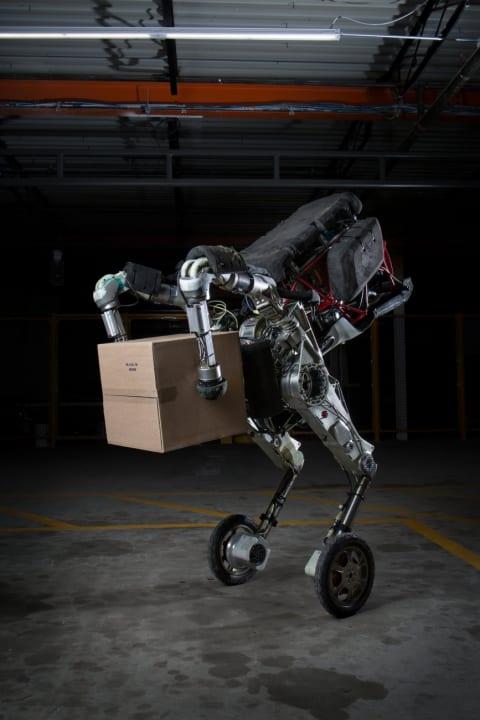 「Boston Dynamics」が新型ロボット「Handle」を公開 機動性よりも倉庫内での作業用に再設計