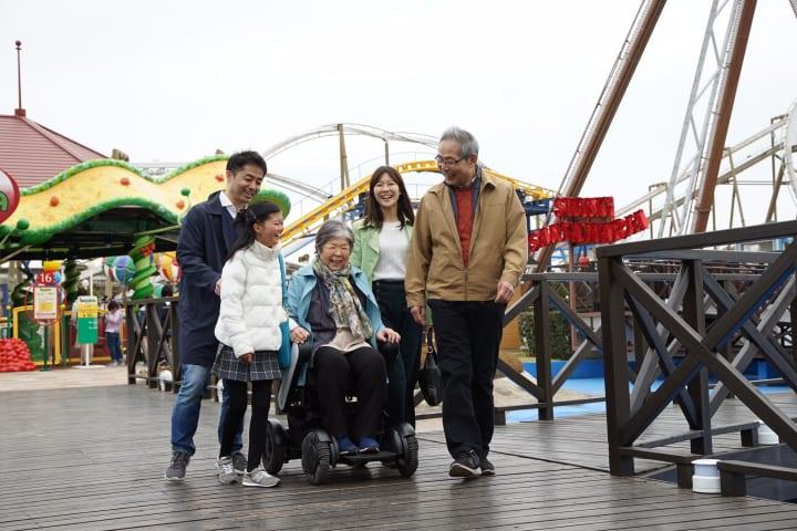 WHILLが「WHILL Model C」のレンタルを開始 観光・レジャー施設向けに高齢者を含めた集客増を狙う