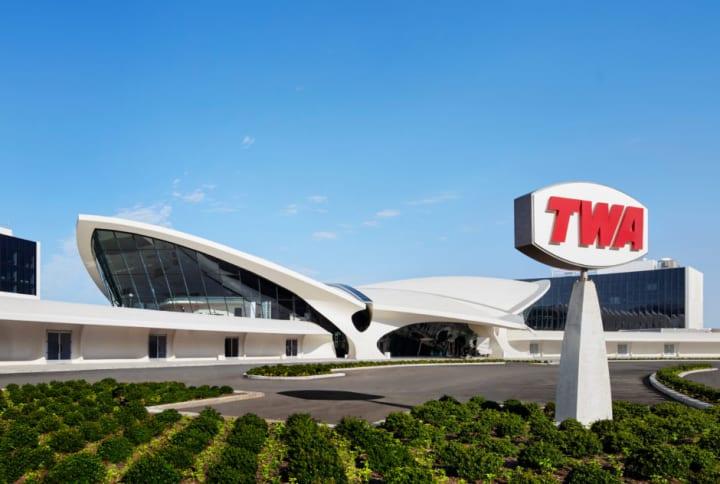 エーロ・サーリネンが設計した「TWAフライトセンター」 JFK国際空港の「TWA Hotel」として復活