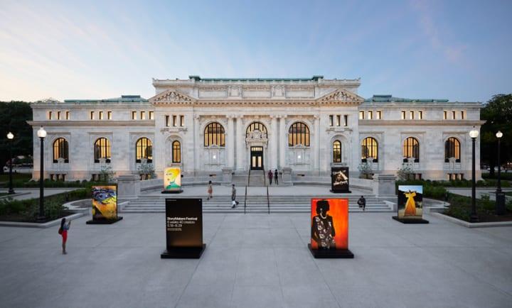 新しい「Apple Carnegie Library」がワシントンD.C.にオープン ボザール様式の建物はFoster + Partnersが…
