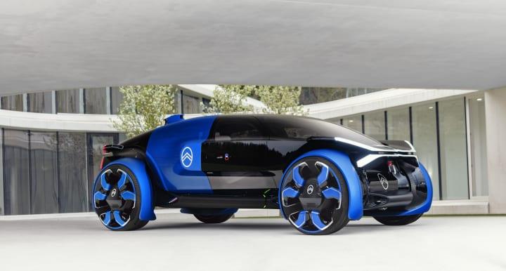 シトロエンがEコンセプトカー「19_19 Concept」を公開 宙に浮かぶ透明なカプセルをイメージしたデザイン