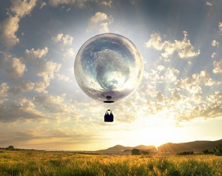 マサチューセッツ州を鏡の熱気球が旅する ダグ・エイトキンによる壮大なアートイベント「NEW HORIZON」