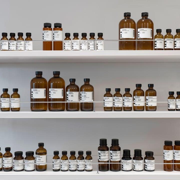 ロート製薬が「香り」を科学的に追求する「BÉLAIR LAB」をオープン 第一弾はトモズと顧客満足度を高める店…