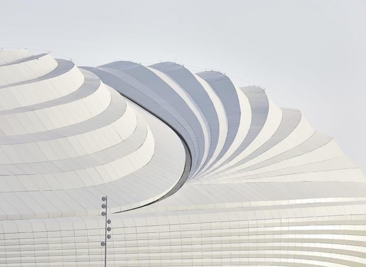 Zaha Hadid Architectsによる「Al Janoub Stadium」 FIFAワールドカップ・カタール大会の会場のひとつ