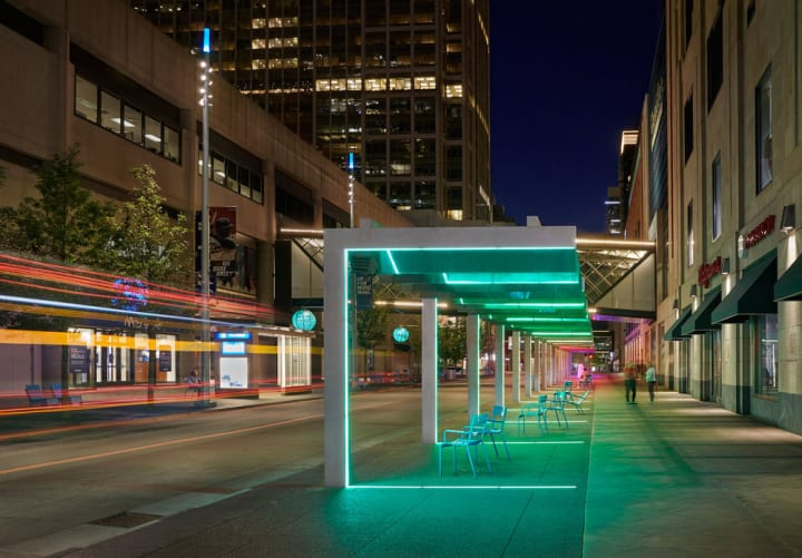 米ミネアポリスの繁華街「Nicollet Mall」が全面改装 エリア全体をLEDでライトアップ