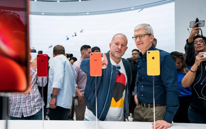 アップルの最高デザイン責任者 ジョナサン・アイブ 年内で退社、新会社「LoveFrom」設立へ