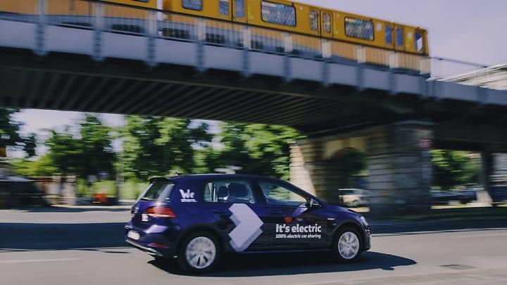 フォルクスワーゲンがベルリンで完全電気自動車の シェアリングサービス「WeShare」を開始