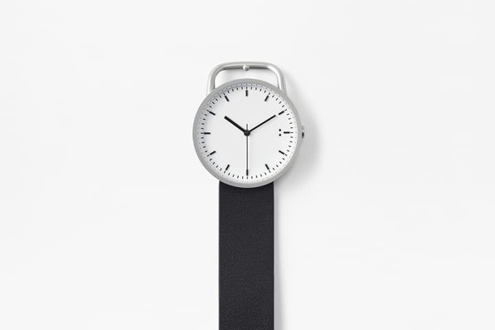 nendoが手がける時計ブランド「TEN:TEN」から 本体とバックルを一体化した「buckle」が登場