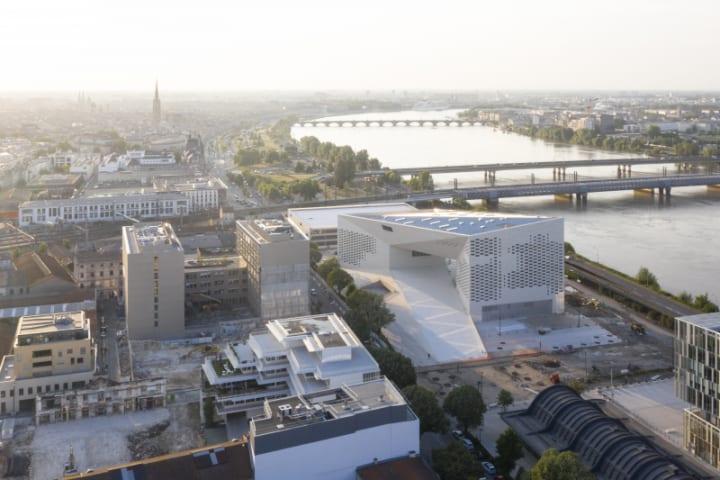 BIGの最新プロジェクト「MÉCA」 仏ボルドーの街にアートを展開する建築