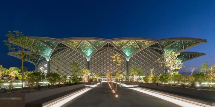 サウジアラビアでハラマイン高速鉄道が開通 地域の伝統建築を採り入れた主要駅をFoster + Partnersが設計