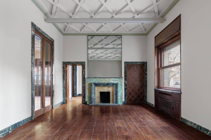 ミラノのアートギャラリー「Massimo De Carlo gallery」 ピエロ・ポルタルッピの建築を改装した新ギャラリ…