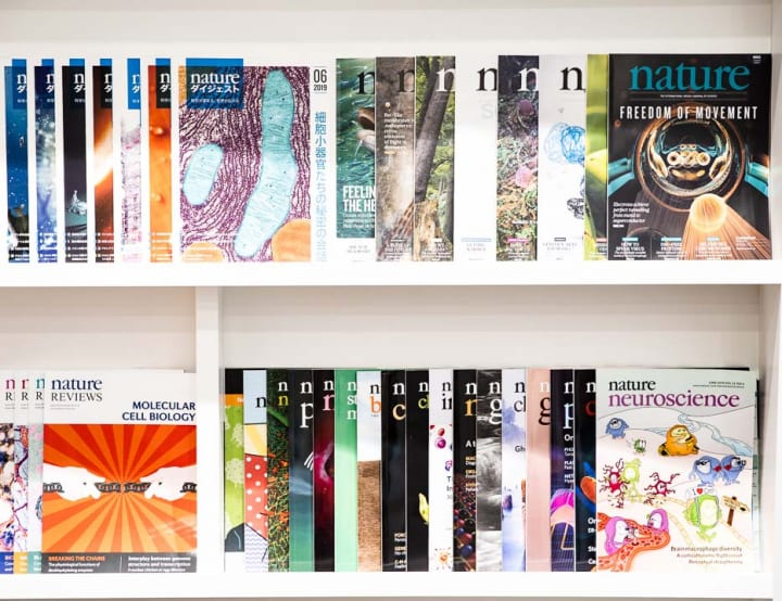 「Nature」の日本版でAXISフォントを採用 科学雑誌におけるフォントのあり方