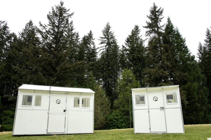 米ワシントン州の「Pallet」による簡易シェルター 13分で設置可能の最小サイズ「Shelter 64」