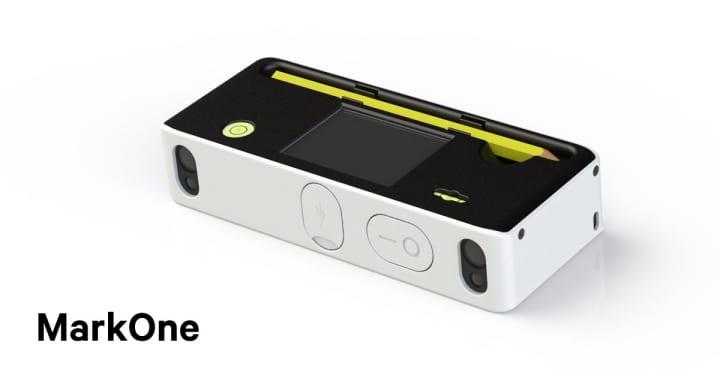 平行と水平が同時に測定できる 小型多機能測定器「MarkOne」が登場
