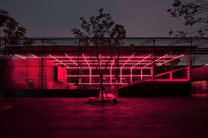上海の「Shanghai Museum of Glass Park」 かつてのガラス工場がユニークな文化施設に変貌