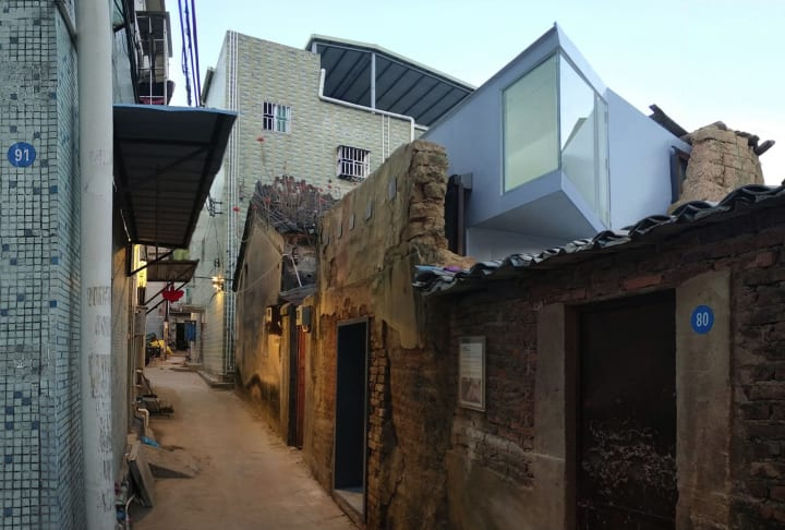 深圳で開発から取り残された古い家屋を リノベーションする「Shangwei Plugin Houses」