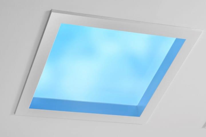 天窓を人工的に再現する空間演出システム「天窓照明」 パナソニック・ライフソリューションズ社が開発