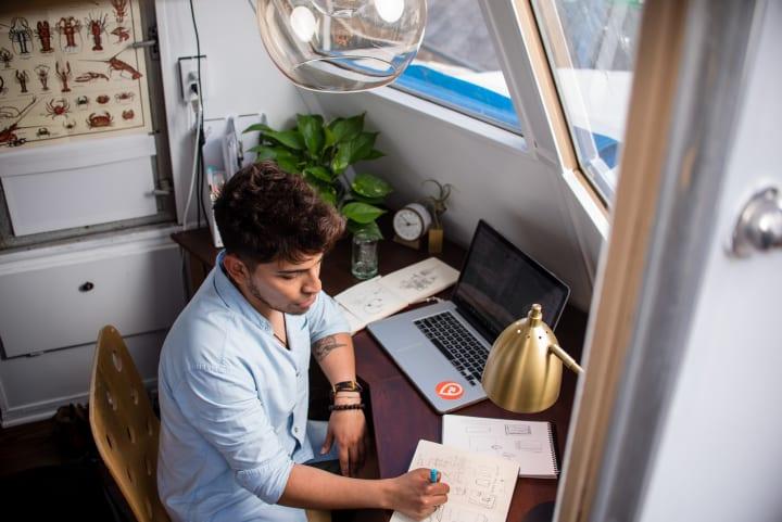 ランサーズが企業の「外部人材活用実態調査」を発表 フリーランスの活躍職種 第1位はデザイナー