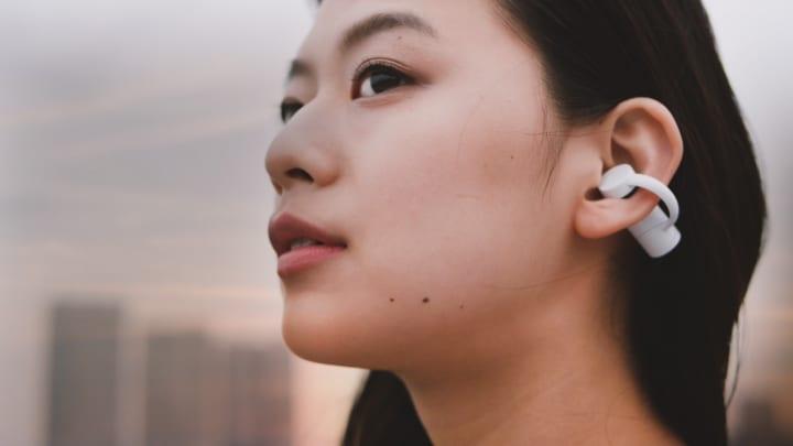 世界初、完全ワイヤレス骨伝導イヤホン 「earsopen® PEACE 聴覚補助モデル/音楽モデル」が登場