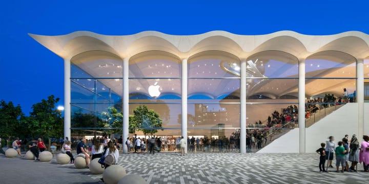 マイアミにオープンした「Apple Aventura」 光や開放感があふれる最新のApple Store