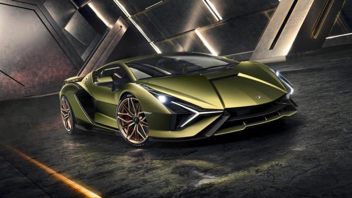 ランボルギーニ初となるハイブリッドスーパーカー 63台限定の「Lamborghini Sián」を発表