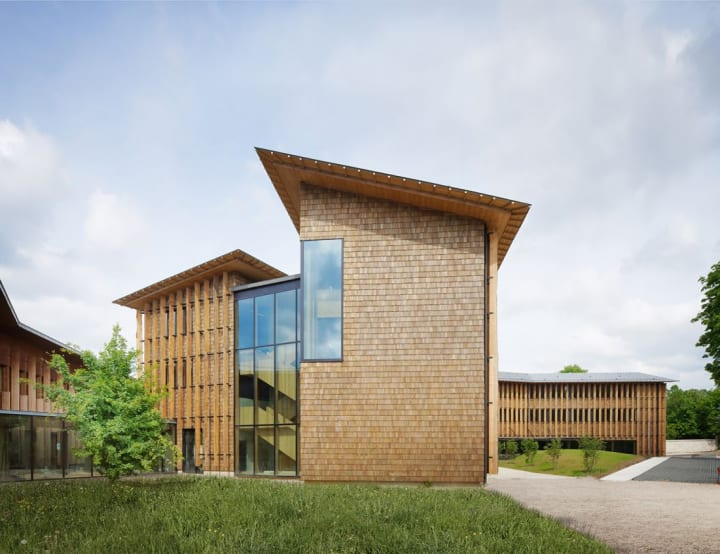 次世代の環境を考えて木造建築にこだわった Atelier du Pontによるフランス公衆衛生局オフィス