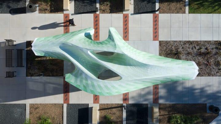 テキサス工科大学に作られた巨大なパビリオン「Zephyr」 MARC FORNES / THEVERYMANYによるバランスを重視…