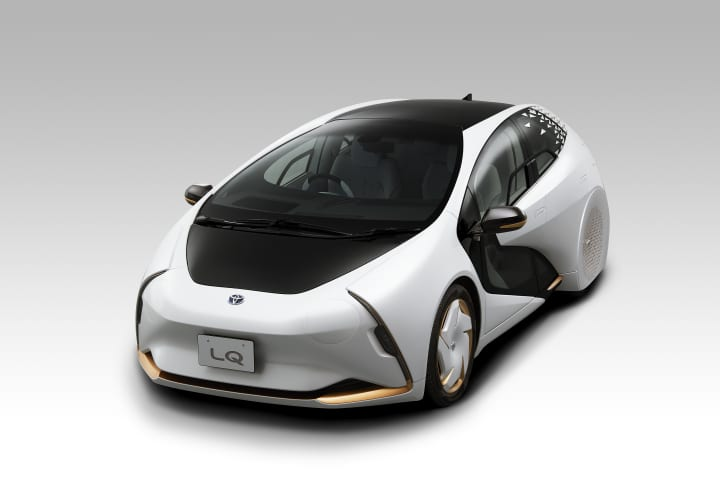 トヨタ自動車が「新しい時代の愛車」を具現化した「LQ」を公表 ユーザーの好みや状態に合わせ、愛着が感じ…