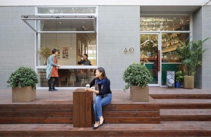 UDSの上海オフィスに併設したカフェ&ショップ 「AO cafe and shop」がオープン
