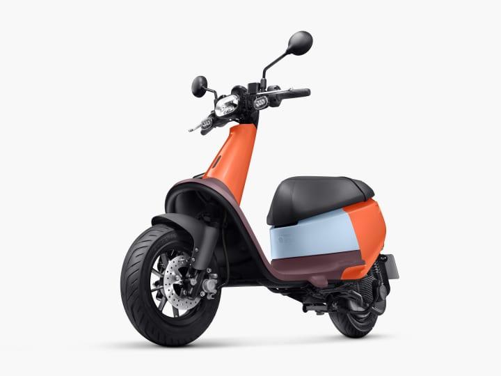 台湾の電動スクーターメーカー Gogoroから カラフルな超軽量スマートスクーター「VIVA」が登場