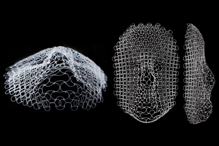 平らな構造が温度差で人間の顔に変形!? MIT研究チームが3Dプリントによるメッシュ構造を開発