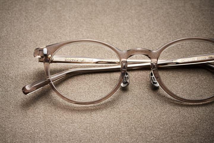 EYEVAN 7285が14thコレクションの先行発売を開始 ドライフラワーのオールドローズをイメージした限定カラ…