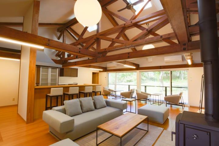 八ヶ岳のコワーキングスペース「富士見 森のオフィス」に 宿泊交流棟「森のオフィスLiving」がオープン