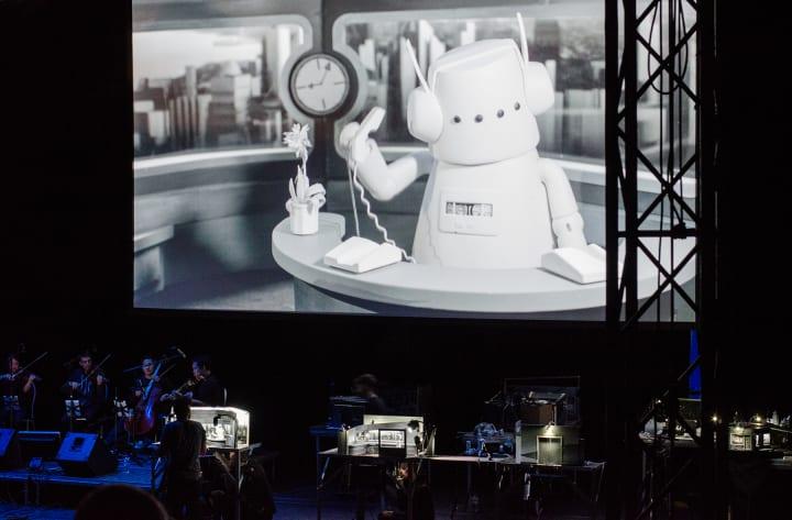 革新的なライブ体験で話題のマルチメディアパペットショー 「NUFONIA MUST FALL」の日本初上演が決定