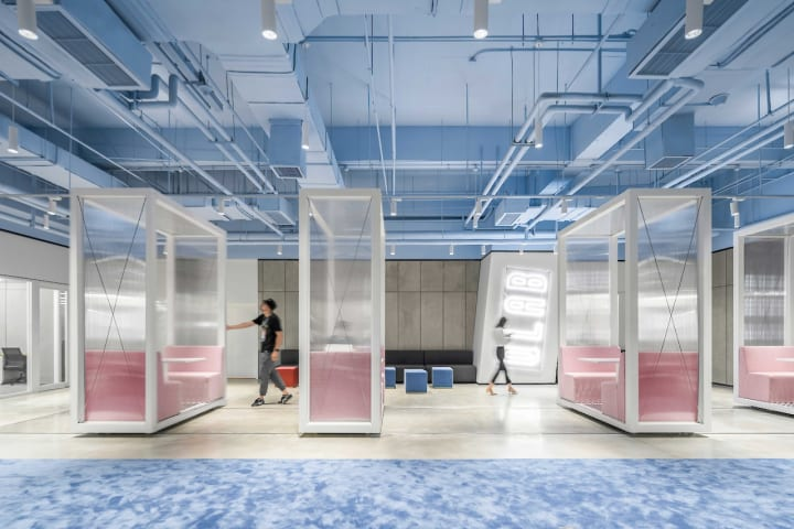 中国・成都のクリエイティブプラットフォーム「SOHO 3Q」 ショッピングモールをSuperimposeが改装