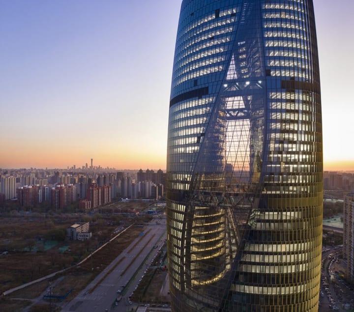 Zaha Hadid Architectsによる「Leeza SOHO」が完成 北京・麗沢金融商務区の中心となる超高層タワー