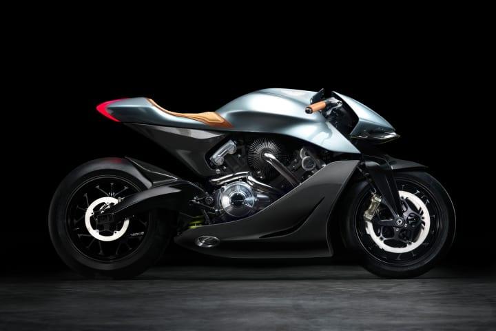 アストンマーティンから限定オートバイが登場 老舗バイクメーカー ブラフ・シューペリアとコラボした「AMB…