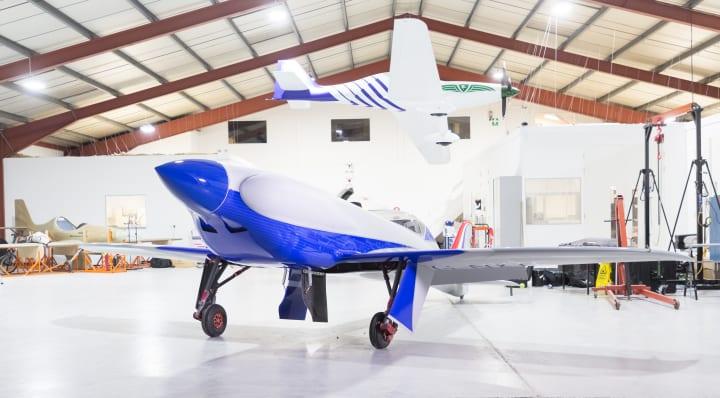 ロールス・ロイスが世界最速の完全電気式航空機を公開 ゼロエミッションで480km/h超を実現へ