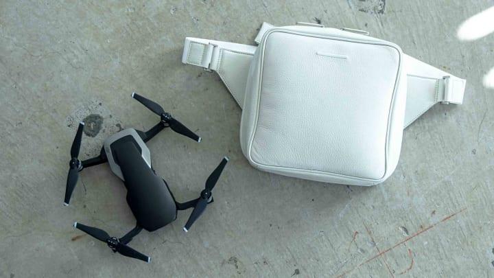 objcts.ioの製品共創プロジェクト「Co-Prototyping」がスタート 第1弾は市川渚とコラボした「Mavic Air Ba…