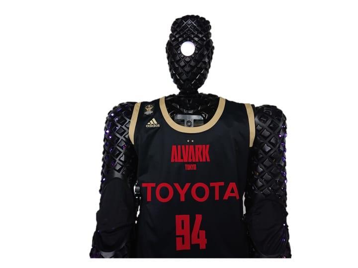 トヨタが開発したAIバスケットボールロボット「CUE4」 アルバルク東京からレバンガ北海道へ期限付移籍