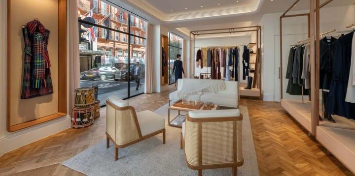 Gabriela Hearstのロンドン旗艦店がオープン 環境に配慮したブランドイメージをFoster + Partnersが設計