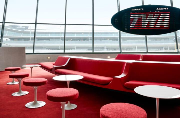 エーロ・サーリネンのデザインにインスパイアされた JFK国際空港・TWAホテルのインテリア