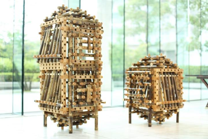 高知の「虎斑竹」とドイツの木材を用いた Shigeki Yamamotoの「PLAY BAMBOO CABINET」