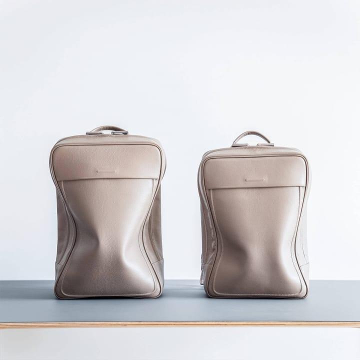 objcts.ioの防水レザーバックパックに 新色「Tea Brown」が登場