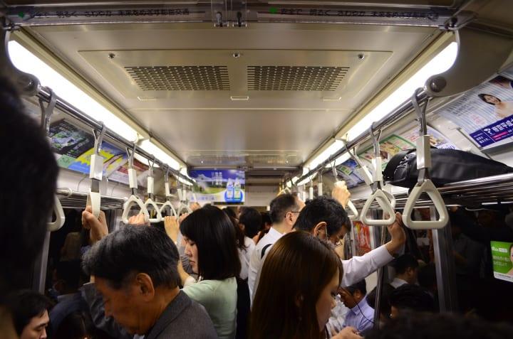 東京メトロが銀座線で 「混雑状況の見える化」に関する実証実験を開始