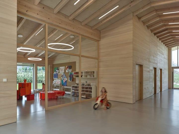 Barkow Leibingerが設計を手がけた トルンプ・ディツィンゲン工場の託児施設