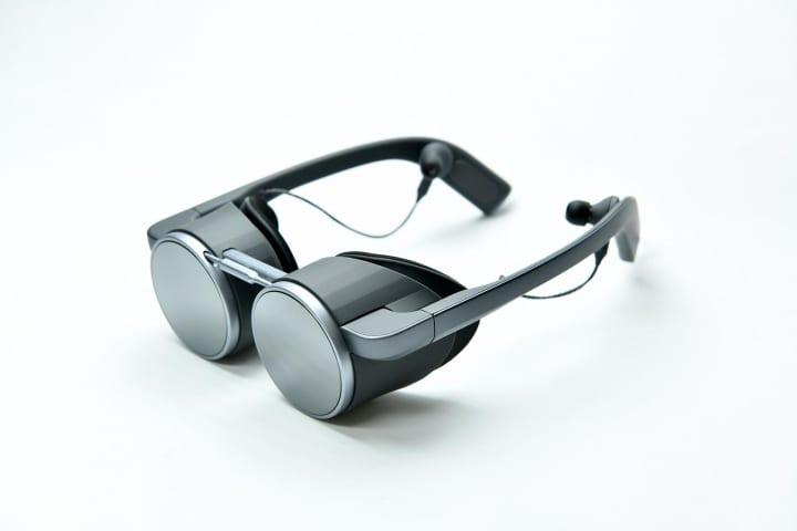 パナソニック、世界初のHDR対応眼鏡型VRグラスを開発 高画質・高音質かつ小型・軽量を実現