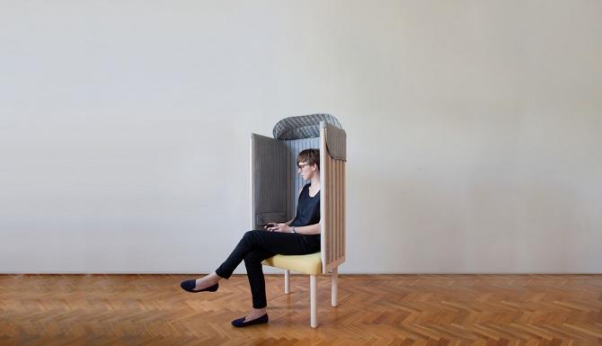 スマホを手放してリラックスできる Agata Nowakが手がけたチェア「offline chair」